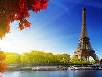 wieza-eiffla Paryż