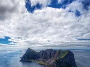 costa - costa rocciosa del mare