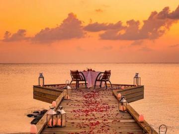 Ein perfektes Abendessen auf den Malediven - Ein perfektes Abendessen auf den Malediven