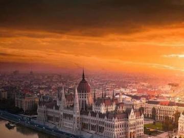 Sunrise over Budapest - Sunrise over Budapest