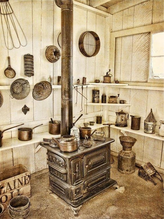 Kamna tegen de keuken - Ja vypadaly kamna našich babiček tegen keuken (10×10)