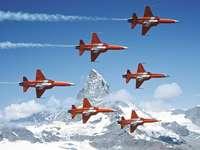 Szwajcarski patrol. - Szwajcarski patrol