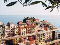 Μια πόλη στην ακτή