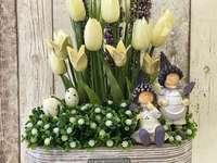 Decorațiuni de flori de Paște