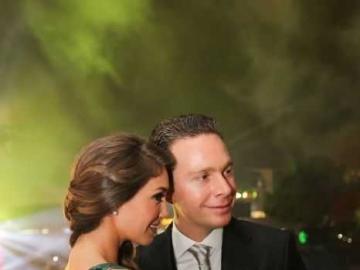 Anahi with her husband - Okknhvtdesecunokpkinhvtdrdtvinjvtdrfyb