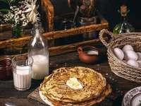 Τηγανίτες με γάλα και αυγά - Τηγανίτες με γάλα και αυγά