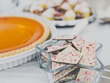 Sušenky v misce s hvězdičkou, - Dort u cookies. Fairfax Virginia