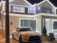 szép ház autóval