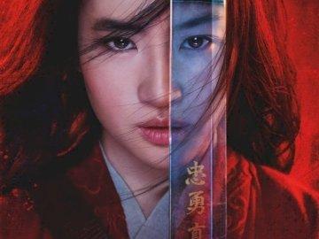 Mulan solo nei cinema. - Mulan arriverà presto nei cinema, quindi volevo che vedessi il poster di Mulan oggi.
