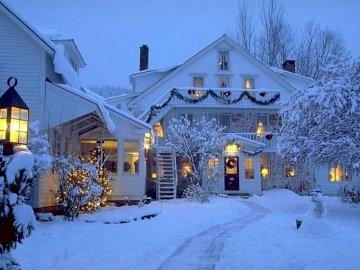 Snowy villa - Beautiful snowy villa