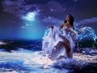Embrassé par la lune - Princesse embrassée par la lune