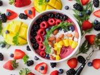 Mingau colorido no café da manhã
