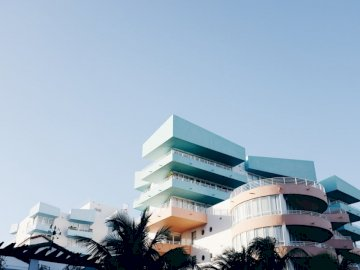 South Beach, Miami - Multicolored high-rise building during daytime. Oslo, Norway