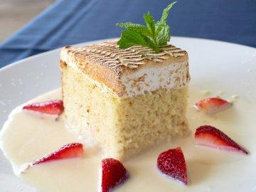 Jedzenie, kuchnia, ciasto Leches Tres -