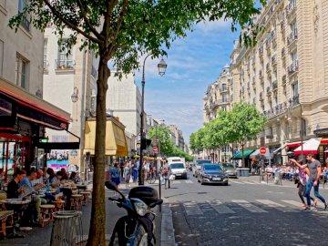 Paris streets - Rue de Bretagne Paris