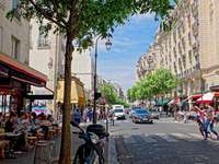 Улици на Париж - Rue de Bretagne Paris