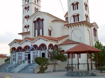 πανόραμα - Νέοι Πόροι, υπέροχη εκκλησία