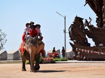 Świątynia Prawdy w Pattaya - Świątynia Prawdy w Pattaya