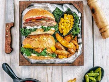 Warzywa i burgery - Burgery z warzywami na obiad