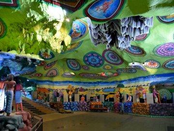 a Kuala Lumpur-i Batu-barlangok belső tere - a Kuala Lumpur-i Batu-barlangok belső tere