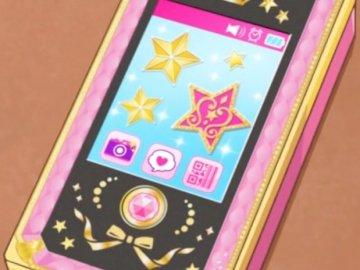 """偶像 活動 電話 - 偶像 學校 學生 的 電子 手 帳。 它 具有 禮服 """"禮服 製作"""" 功能 , 可 在"""