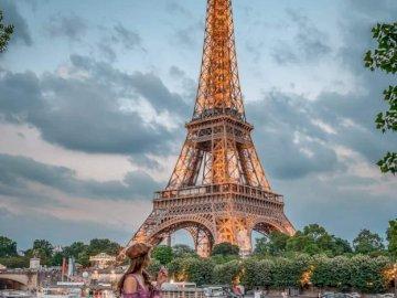 Eiffelturm in Paris - oh oh oh oh oh oh oh oh oh oh oh