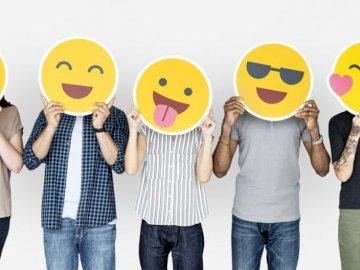 Emotki na twarzach ludzi - Słońce jako wyraz szcześcia, emotki