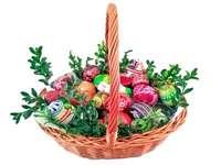 święconka - Ułóż puzzle przedstawiające koszyczek wielkanocny Święconka