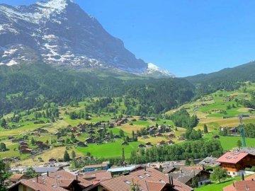 Mountain village, Mountain, Hill station -