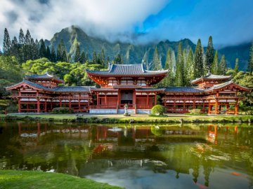 Byodo-In Temple - replica of a 900-year-old Japanese temple in the Japanese city of Uji