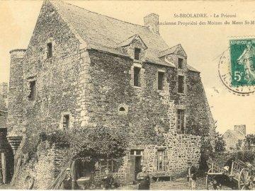 pierrot51 - prieuré ancienne propriété des moines du Mont-St-Michel