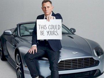 James Bond - na grę ucieczkową w obozie dziennym