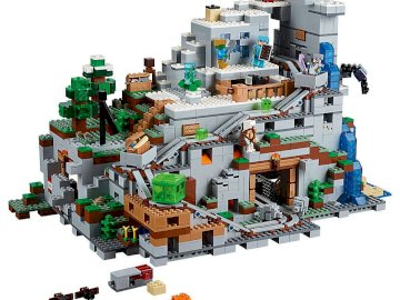 lego minecraft PLN 1700 - lego minecraft mountain cave is a beautiful, big and expensive set