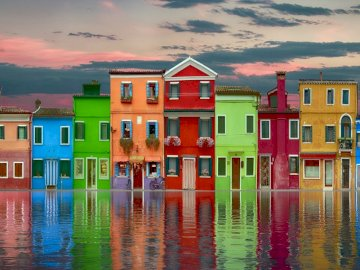 Colorful houses - houses on the bay -------------