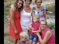 Grandma Piqure