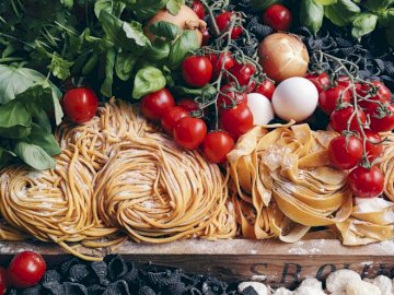 Pasta, tomatoes, eggs - Italian products, Italian food