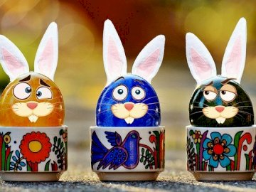 Easter eggs and bunnies - Easter and its symbols, rabbits, eggs