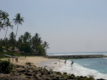 beach and fishermen in Sri Lanka - beach and fishermen in Sri Lanka