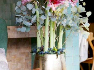 Niesamowite kwiaty amaylisy - Różowe kwiaty, amarylisy