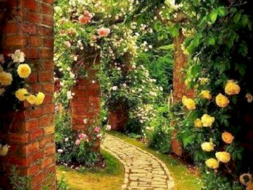 Marie-Do - ogród i kwitnąca aleja wiosną