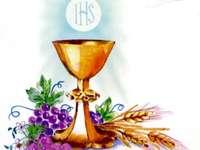 Eucharist - Symbols of the Eucharist chalice and host