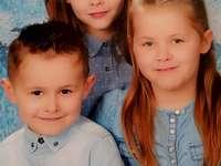 Clélia, Léa i Tibau - Lubię robić puzzle i układać puzzle z moimi dziećmi, ponieważ modelka będzie piękna