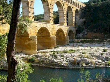 marie-do - The wonderful Pont du Gard in summer