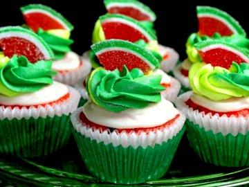 pastelitos de colores - Pastelitos de colores en un plato
