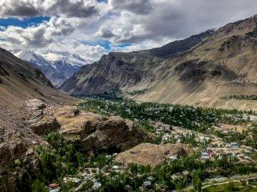 Tadżykistan - Pamir widok na Chorog...