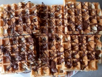 gofry z czekoladą - Ułóż puzzle, sprawdź, co smacznego jest na zdjeciu :)