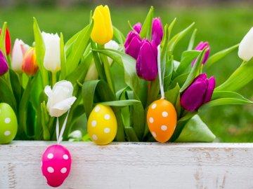 Pasqu und Primavera - Blumen und Eier zu Ostern im Frühling