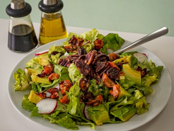 Pecan avocado salad? by - Vegetable salad. United States