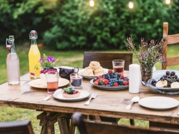 Table in the summer garden - Summer idyll in the garden