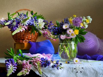 Colorful Bouquets Of Flowers A Vase, Basket, Hat - Colorful Flower Bouquets, Basket, Vase, Hat
